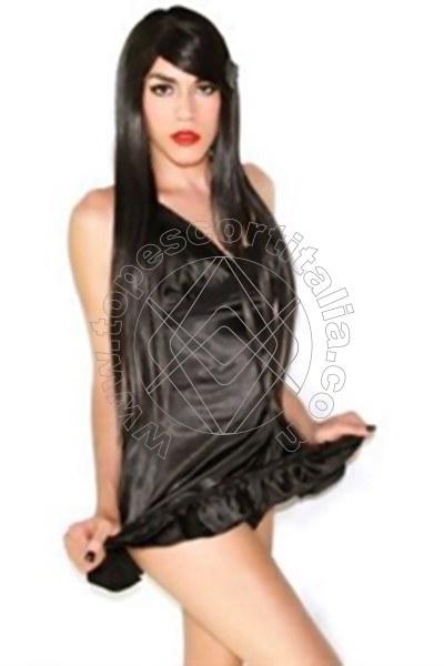 Amanda G�TERSLOH 004915175580804